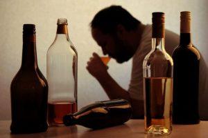 Alkoholizmus kezelése FELÉPÜLÖK   Leszokás az alkoholról - komplex alkoholelvonó kezelés